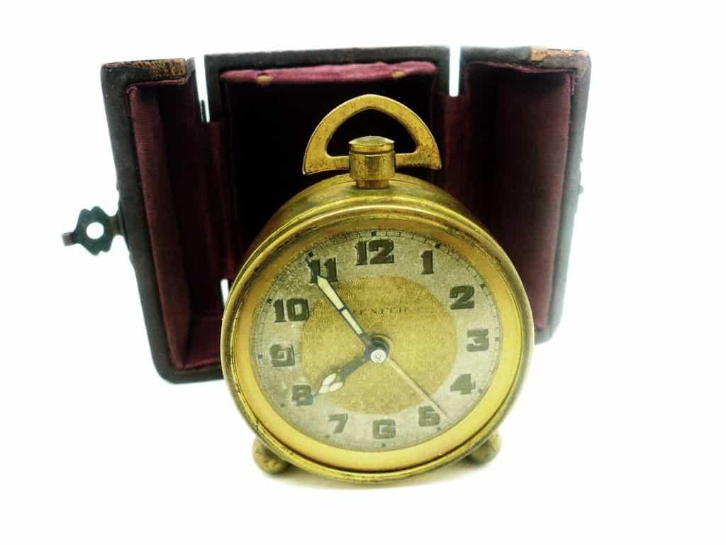 Vintage Zenith Travel Alarm Clock Original Case Swiss Mechanical