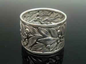 Art Nouveau Silver Napkin Ring, Edward Barnard & Sons Ltd, London 1896
