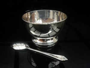 Cased Silver Bowl & Spoon, Turner & Simpson Ltd, Birmingham 1957