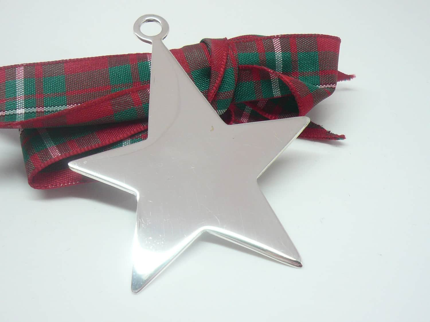 hover to zoom - Silver Christmas Decorations Uk