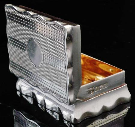 Silver Snuff Box by William Neale & Son Ltd