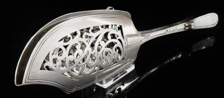 Spring Action Sterling Silver Fish Slice