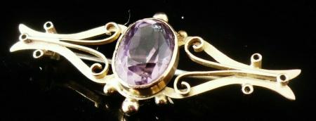 9ct Gold Antique Brooch