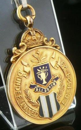 9ct Gold Enamel Medal