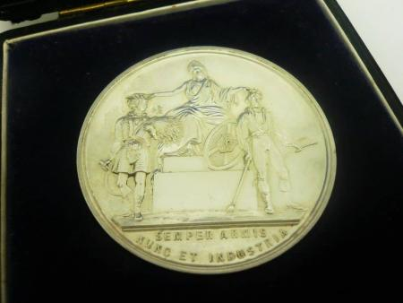 Silver Agricultural Farming Medal 1921, Highland Agricultural Society, Cased, Shorthorn Cow, REF:281L